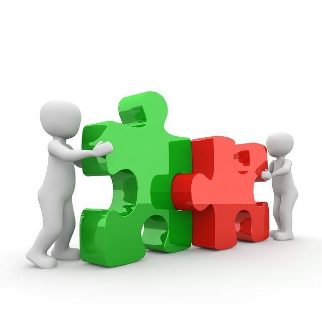 Cada uno realiza su labor, pero la colaboración es posible y deseable
