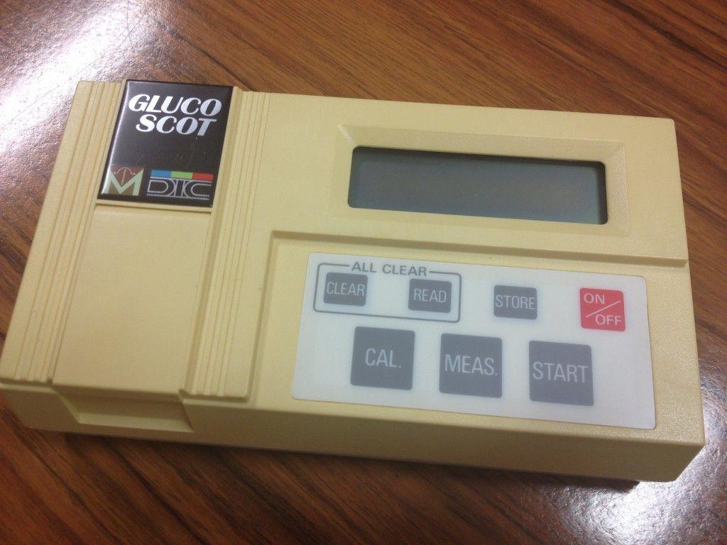 Medidor de glucosa de los años 80
