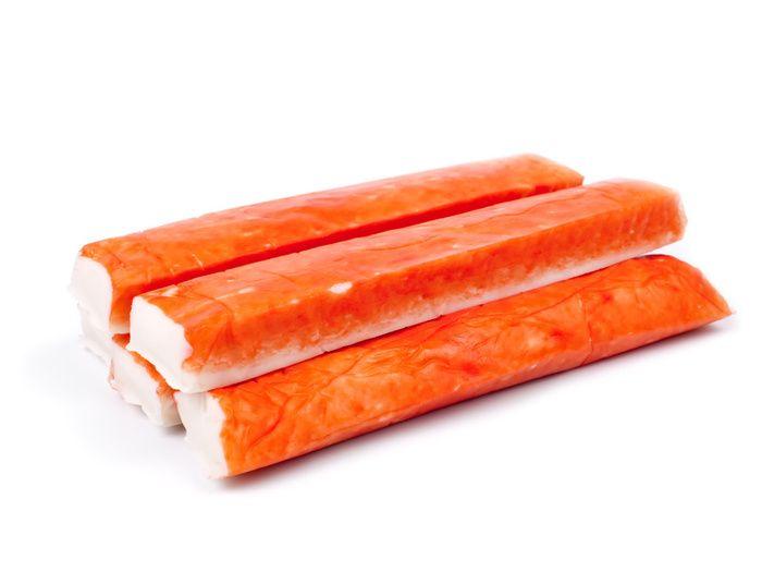¿De qué están hechos los palitos de cangrejo?