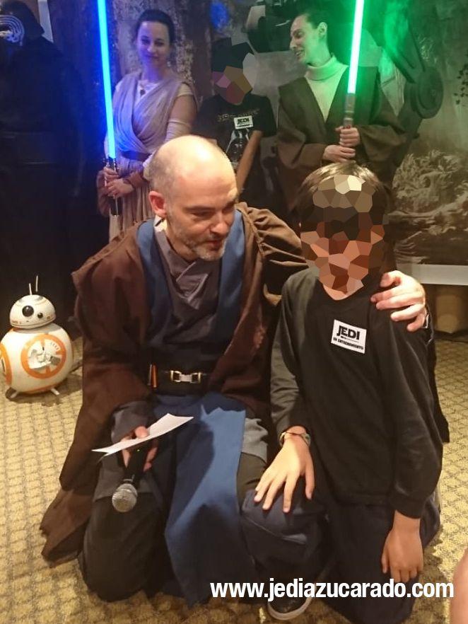Jedi Azucarado con los niños